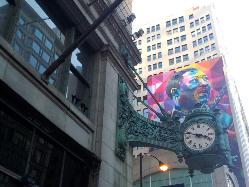 Clock at the corner of State and Washington, Chicago