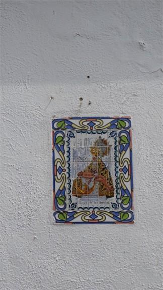 Azulejos: tiles in the Albaycin