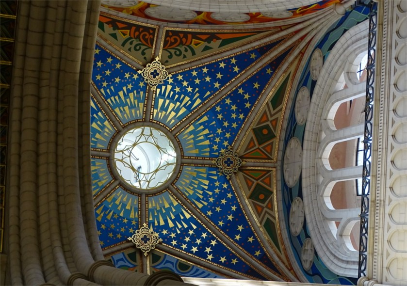 Painted vault in front of the apse of Almudena cathedral